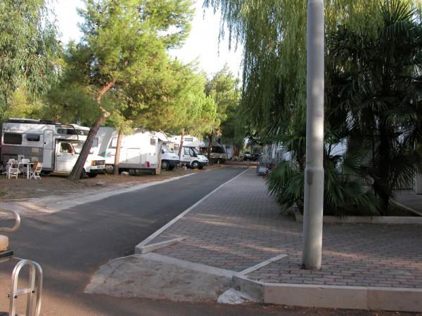 LAST MINUTE formula CAMPING – SOSTA CAMPER a prezzi vantaggiosi, in Puglia, nel Gargano, a Rodi Garganico