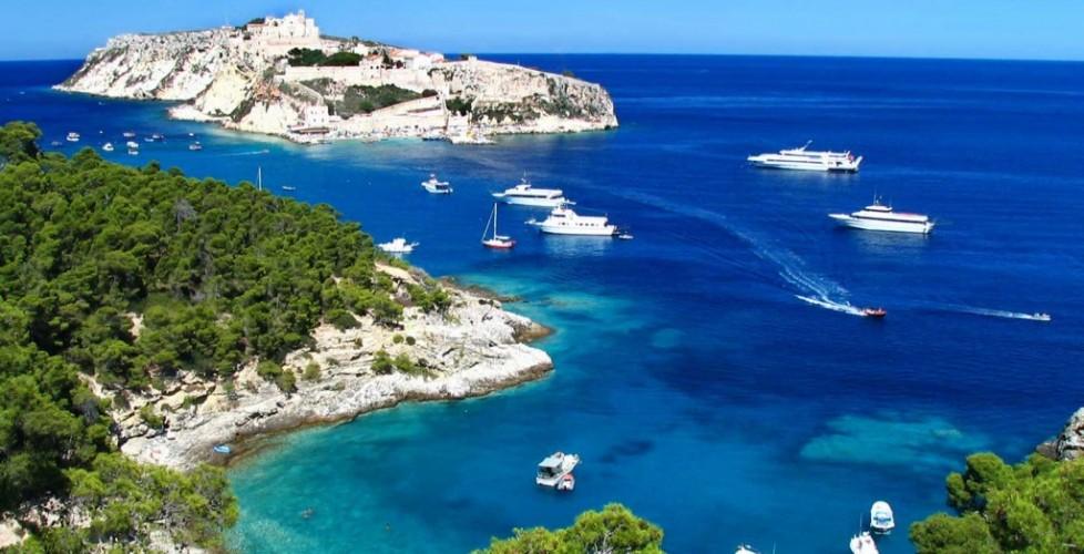 LAST MINUTE Pensione completa GIUGNO 2019, in Puglia, nel Gargano, a Rodi Garganico